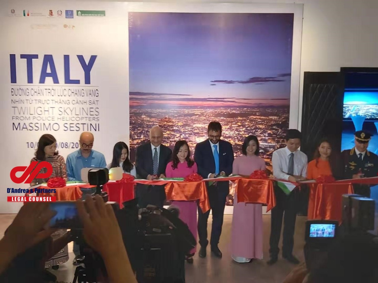 "Exhibition: ""ITALY – Twilight skylines from Police helicopters"" in Vietnam"